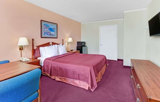 Room Howard Johnson by Wyndham Tropical Palms Kissimmee Howard Johnson by Wyndham Tropical Palms Kissimmee