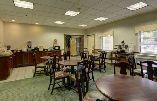 Restaurante Quality Inn & Suites at Six Flags