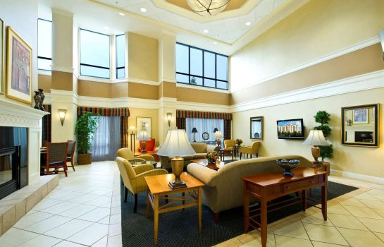 Vestíbulo del hotel Hampton Inn - Suites Atlanta Airport North I85