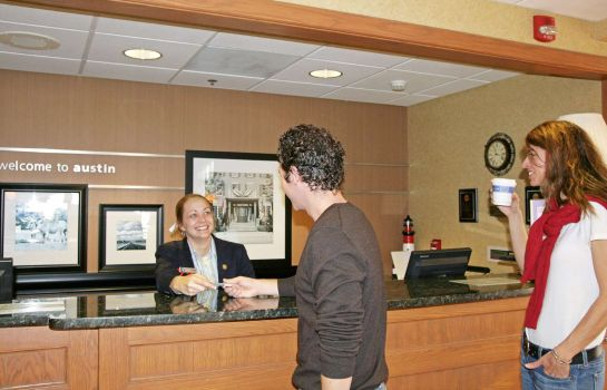 Hall Hampton Inn - Suites-Austin Airport