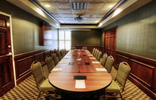 Conference room Hampton Inn Columbia Downtown Historic District