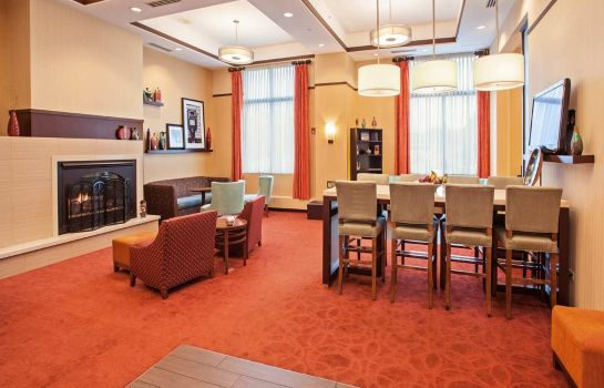 Hotelhalle Hampton Inn - Suites Chicago-North Shore-Skokie IL