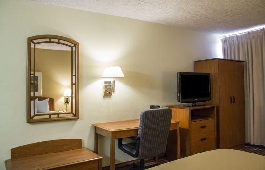 Zimmer Econo Lodge Wickliffe - Cleveland East