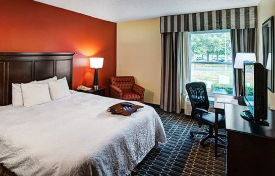 Room Hampton Inn - Suites Charlotte-Arrowood