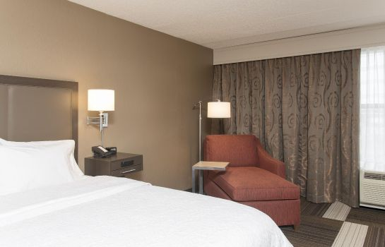 Room Hampton Inn Columbus-Taylorsville