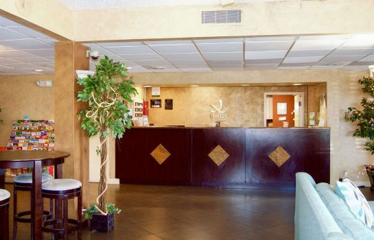 Hol hotelowy Quality Inn and Suites St. Petersburg -