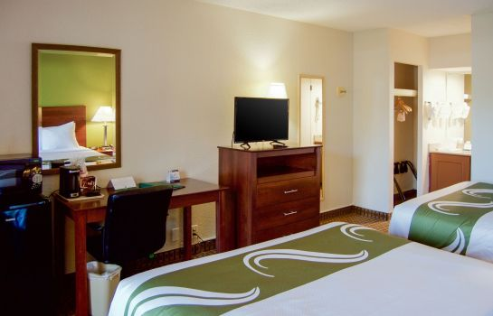 Kamers Quality Inn & Suites St. Petersburg - Clearwater Airport