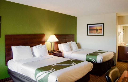 Pokój Quality Inn and Suites St. Petersburg -