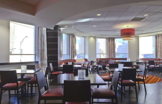 Restaurant Hampton Inn - Suites Columbus-Downtown OH