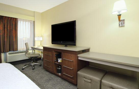 Zimmer Hampton Inn - Suites Columbus-Downtown OH