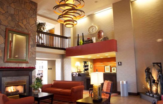 Lobby Hampton Inn - Suites Flagstaff