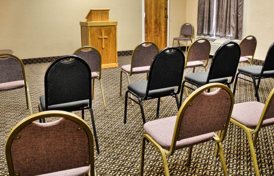 Conference room Central Park Area Quality Inn Fredericksburg