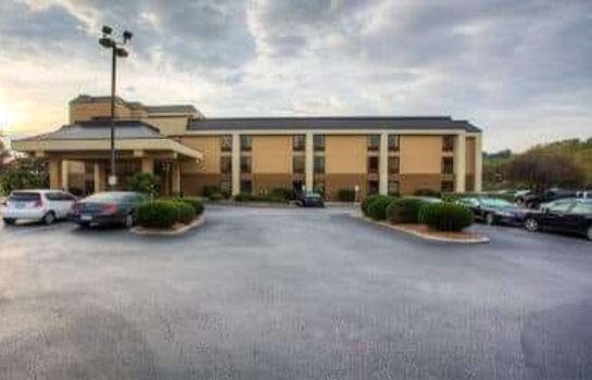 Exterior view Wyndham Garden Greenville Airport