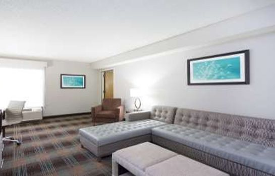 Suite WYNDHAM GARDEN GREENVILLE AIRP