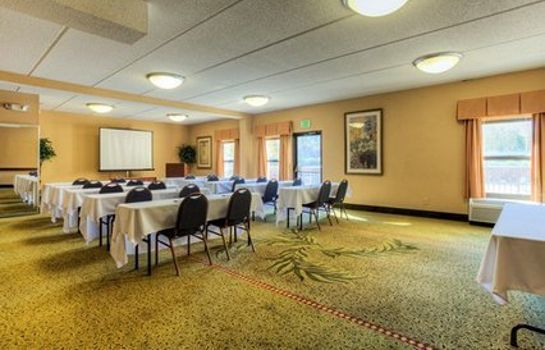 Conference room WYNDHAM GARDEN GREENVILLE AIRP