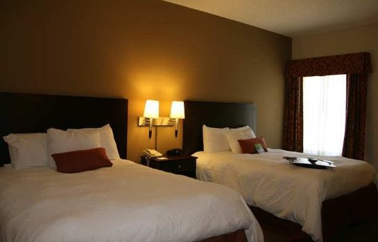 Zimmer Hampton Inn Lawrence KS