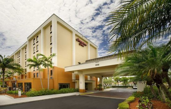 Vista esterna Hampton Inn Miami-Airport-West