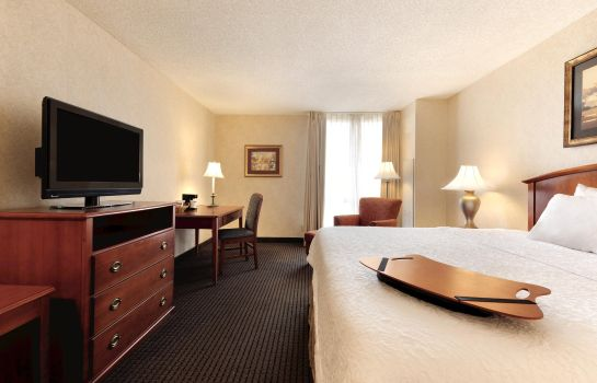 Room Hampton Inn - Suites-Country Club Plaza