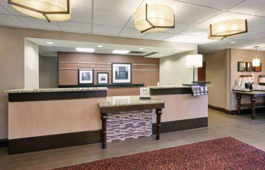 Lobby Hampton Inn East Peoria