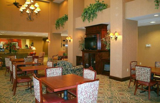 Restaurant Hampton Inn - Suites Pensacola I-10 N at Univ Twn Plaza FL