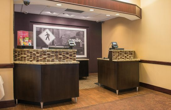 Lobby Hampton Inn - Suites Tampa-North