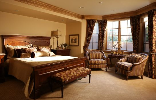 Room The Broadmoor Preferred LEGEND