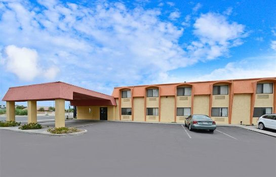 Vista esterna DAYS INN BY WYNDHAM INDIO