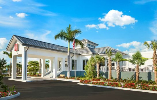 Exterior view Hilton Garden Inn Key West - The Keys Collection