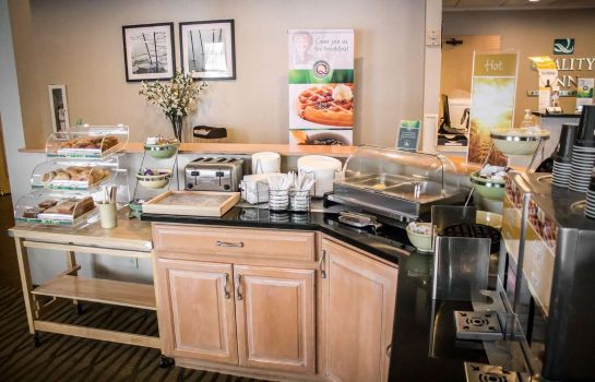 Restaurant Quality Inn Central