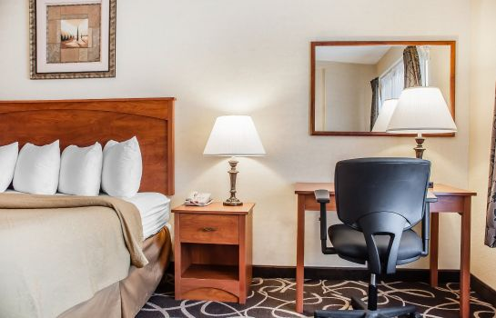 Zimmer Quality Hotel & Suites At The Falls