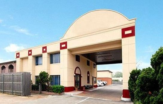Exterior view Econo Lodge Inn & Suites Houston