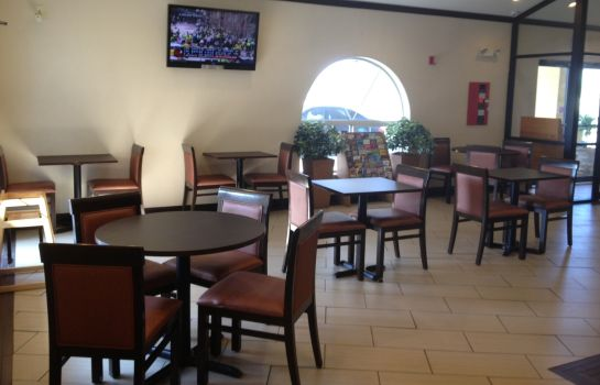 Restaurante WINDWATER INN  AND SUITES