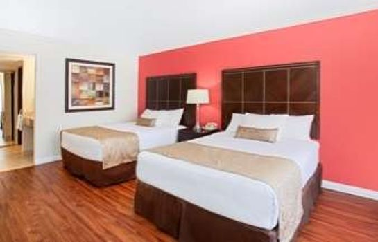 Room RAMADA BY WYNDHAM BURBANK AIRP