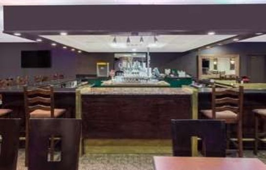 Hotel-Bar RAMADA FRESNO NORTH