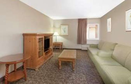 Suite RAMADA FRESNO NORTH