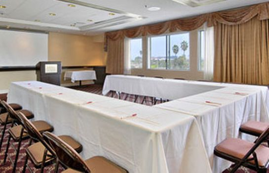 Conference room RAMADA HAWTHORNE LAX
