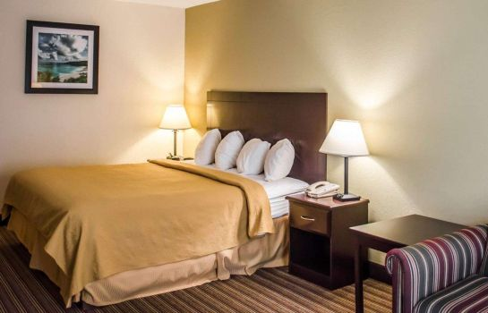 Suite Quality Inn & Suites Pensacola Bayview