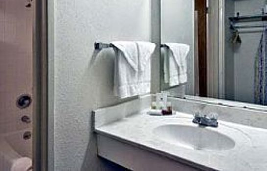 Zimmer Quality Inn & Suites Pensacola Bayview