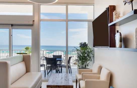 Hotelhalle Holiday Inn Express & Suites PANAMA CITY BEACH - BEACHFRONT