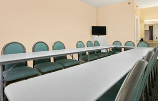 Conference room RAMADA PELHAM