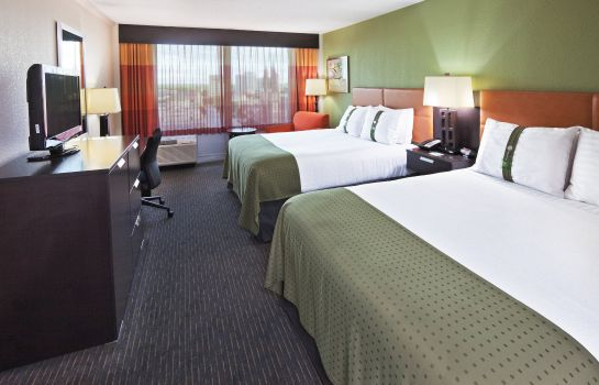 Zimmer Holiday Inn TULSA CITY CENTER