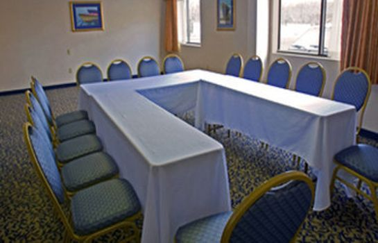 Conference room BAYMONT INN & SUITES BRANFORD