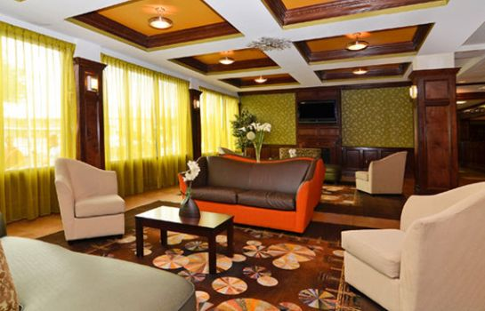 Hotelhalle Quality Inn & Suites New York Avenue