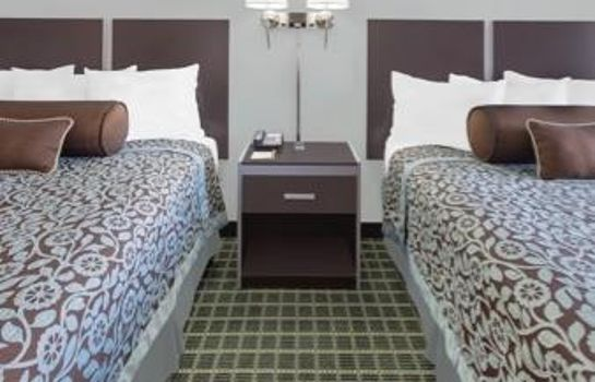 Zimmer Ramada Limited - Dallas Market Center