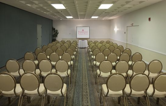 Conference room Ramada by Wyndham Kissimmee Gateway Ramada by Wyndham Kissimmee Gateway