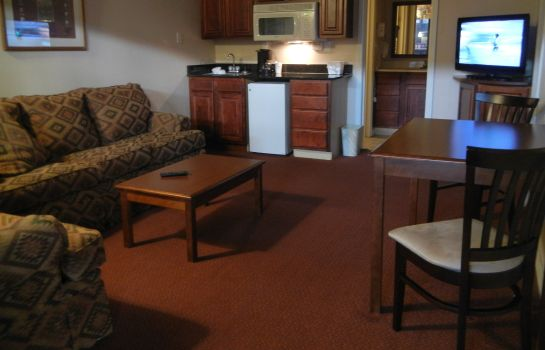 Suite DIAMONDHEAD INN AND SUITES