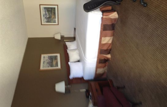 Zimmer WEATHERFORD INN AND SUITES