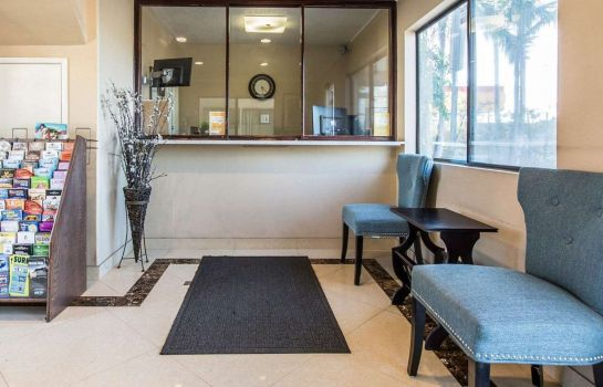 Hotelhalle Rodeway Inn and Suites Inglewood