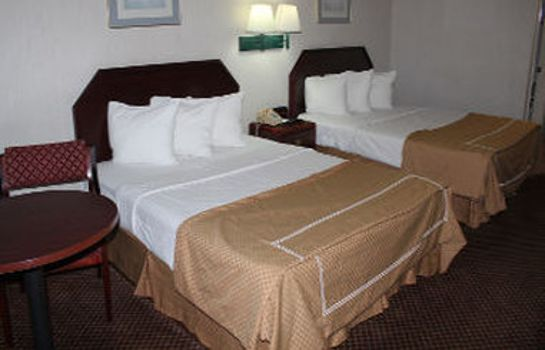 Zimmer DAYS INN MACON I-475
