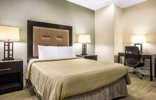Suite Rodeway Inn Center City